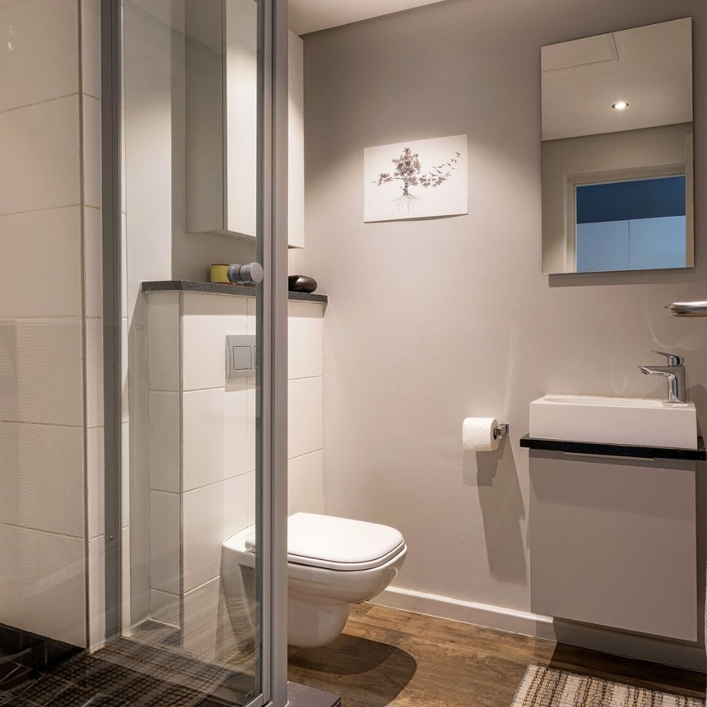 images/INK-Studios-Student-Housing-Stellenbosch-Bathroom.jpg